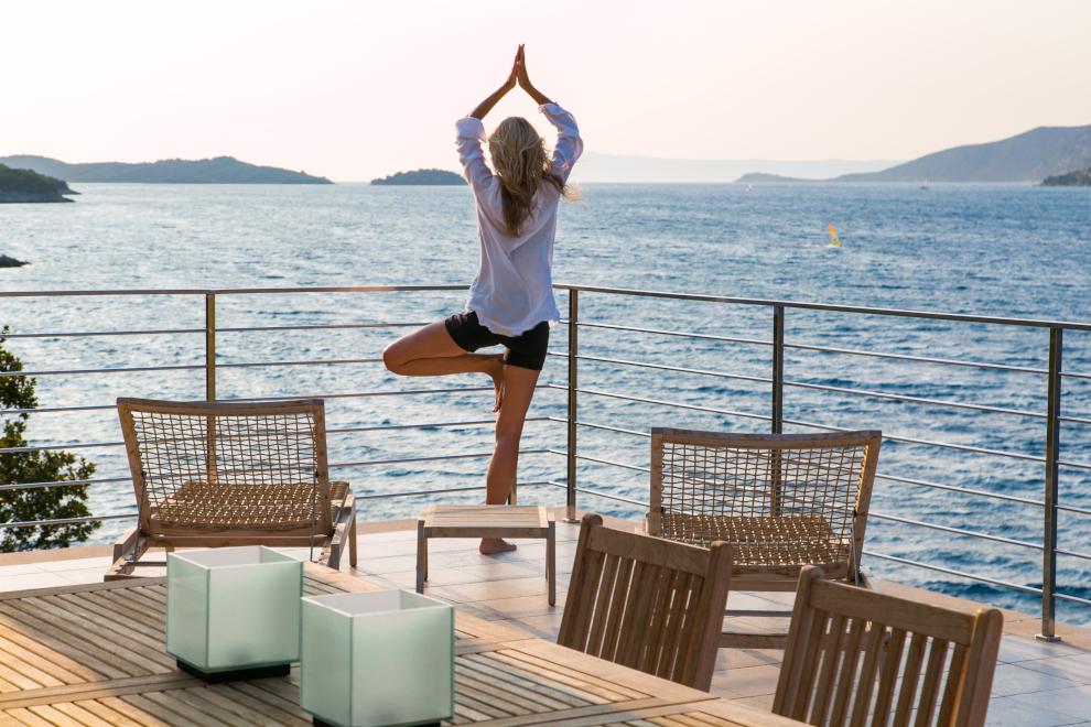 yoga-balcony